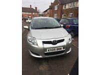 Toyota auris 2009 silver colour 1.6 petrol very low mileage only 72,000 nice good car smooth drive