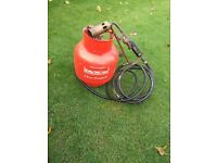 Sievert roofing torch and FULL Propane gas cylinder and regulator. New 10 foot hose