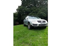 2003 VW Touareg. 4.2 V8. 12months MOT. Spares/Repair. Drives fine and fully road legal.