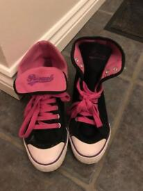 Pineapple Love Dance Shoes Size 6