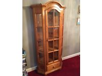 Beautiful attractive display cabinet with drawer excellent condition