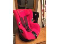 Maxi Cosi Axiss swivel child's seat bright red as new