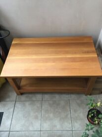 SOLID PINE COFFEE TABLE - EXCELLENT CONDITION