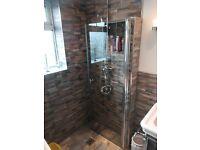Shower door freestanding frameless. New .