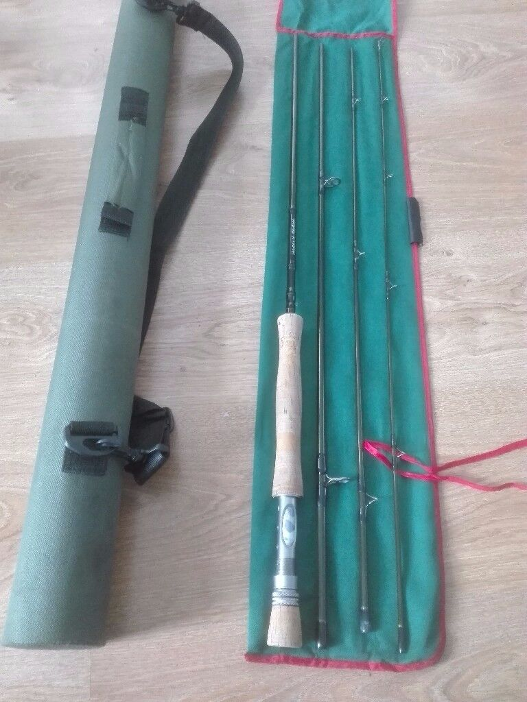Fly Fishing Gear, Rods - Reels - Nets - Flies - Bag with extras
