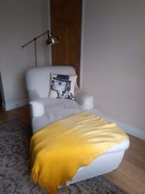 2 Arm Cream Shabby Chic Chaise Lounge
