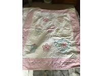 Reversible Gorgeous cot quilt. With dolly design so pretty