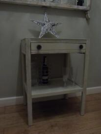 Side / coffee / occasional table shabby chic Farrow & Ball