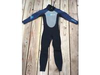 Gull wetsuit - kids 124cm-134cm height.