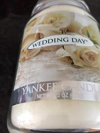Yankee candle in glass jar large size wedding day .