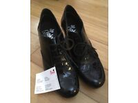 Black shoes size 3 with short heels