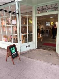 Looking for Store/Area Manager for Electra Coffee Shop in Central Oxford (Full-time)