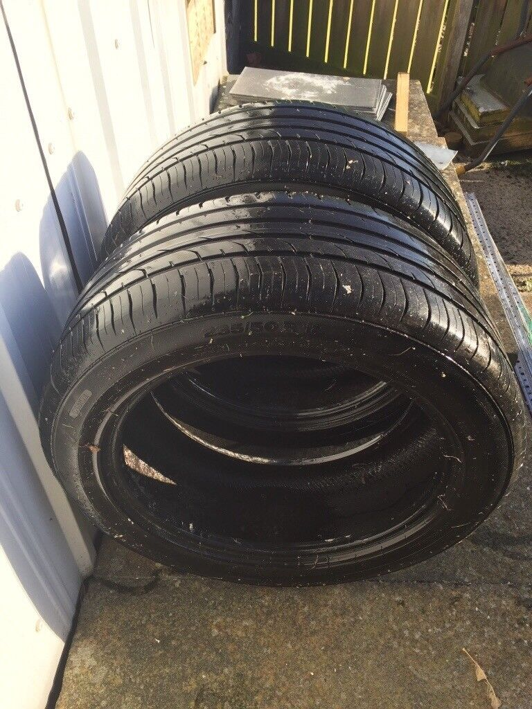 Two tyers for a ford kuga size 235/50R 18