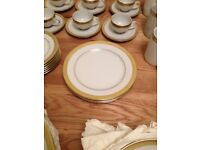 Boots Imperial Gold - 3 x Desert Plates
