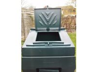 Large Garden Storage / Coal Bunker
