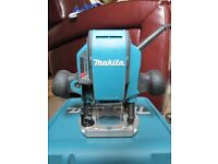 "Makita RP0900X/2 900W 1/4"" Plunge Router 240V."