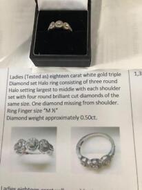Ladies 18 carat white gold ring