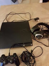 PS3 250GB, controller, headset and 8 games