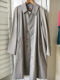 Super Condition Men's Burberry Raincoat Trenchcoat Mackintosh Beige Check Lining