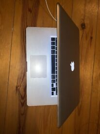 Silver Apple MacBook Pro Mid 2010 (Model A1286) Immaculate condition!