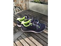 Nike Lungarglide Size 4 Trainers