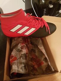 ADIDAS ACE LIMIT AG SIZE 8. BRAND NEW. NEVER BEEN WORN