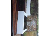 First class plasterer ,bricklayer, tiler &general builder av. at best price
