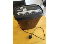 GREAT Condition - Paper Shredder - ONLY FOR £15
