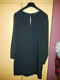 Beautiful black long top size 14