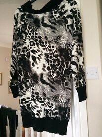 knitted style tunic / dress, size 14, animal print, cowl neck, worn very little excellent condition