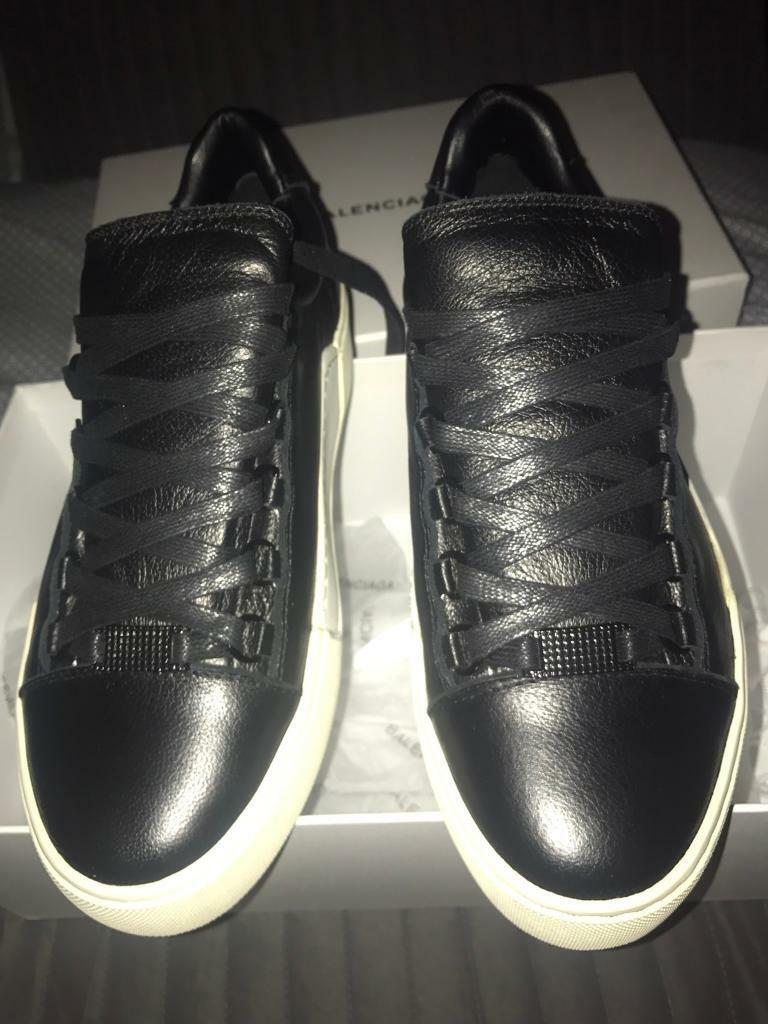 Balenciaga Arena Low top calfskin leather UK 5