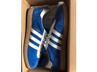 Adidas athen size 9
