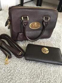 Ladies brown handbag and purse