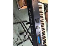 Kurzweil PC3LE8 88-key Synthesizer Workstation