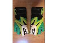 reusch pro go2ot Goalkeeper Gloves