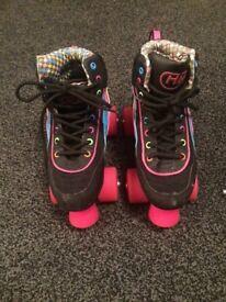 Size 2 Retro Roller skates