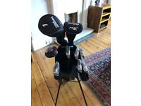 Wilson Package Golf set. 6-SW, Hyrbid, 3 Wood, Driver and Stand bag