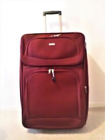 TWO WHEEL SYSTEM TRAVEL SOFT SHELL CASE-EXPANDABLE -LIGHT WEIGHT -IDEAL FOR CRUISES OR LONG JOURNEY