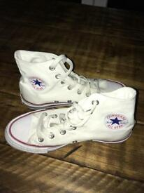 White hi top converse -size 3 UK