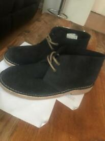 Work shoes size 8UK