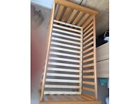 JamesTown Cot Bed