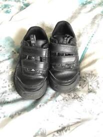 Clark's size 8G Jet Shoes