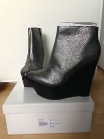 Topshop boots size 4 new in box