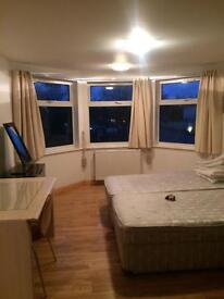 Double ensuite room available now