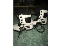 DC Snowboard Boots - size 9