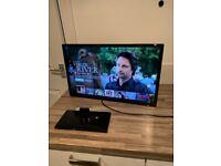 Hitachi 22inch smart tv/dvd