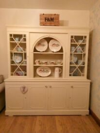 Beautiful cream wooden dresser. Holds a huge amount of stuff. Collection only