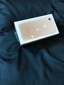 Apple IPhone 7, gold 128gb, BRAND NEW, still in its wrappers