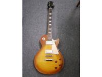 Epiphone Les Paul Standard Plustop PRO Electric Guitar in Honeyburst + gig bag