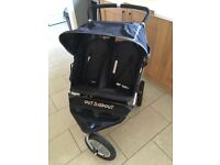 Out n about double buggy - Nipper 360